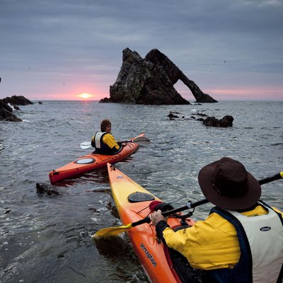 1099731 kayaking at bow fiddle rock