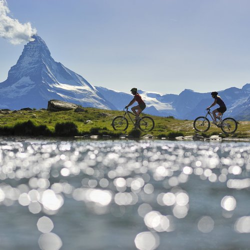 Biking Cr Christian Perret - Swiss Paris Tour Packages