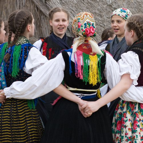 Folk dance - Eastern European tour packages